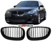grilles de calandre noires design Pack M BMW série 5 E60 + E61 2003-2007