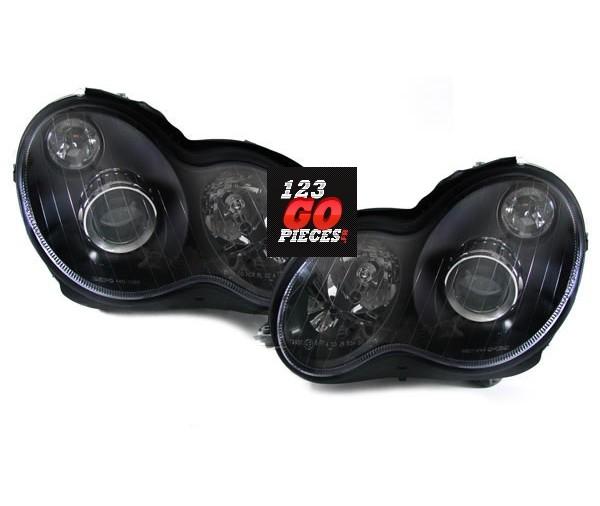 paire de phares facelift noir pour mercedes classe c w203 2000 2006 299 90 pi ces design. Black Bedroom Furniture Sets. Home Design Ideas